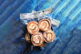 Рулет из семги с сыром и креветками 0,5кг. с/с